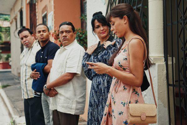 DEBUT DE OZUNA EN EL CINE  LOGRA MOVILIZAR MAS DE 120,000 PERSONAS EN TODO EL CARIBE  EN SU 1er FIN DE SEMANA DE ESTRENO,